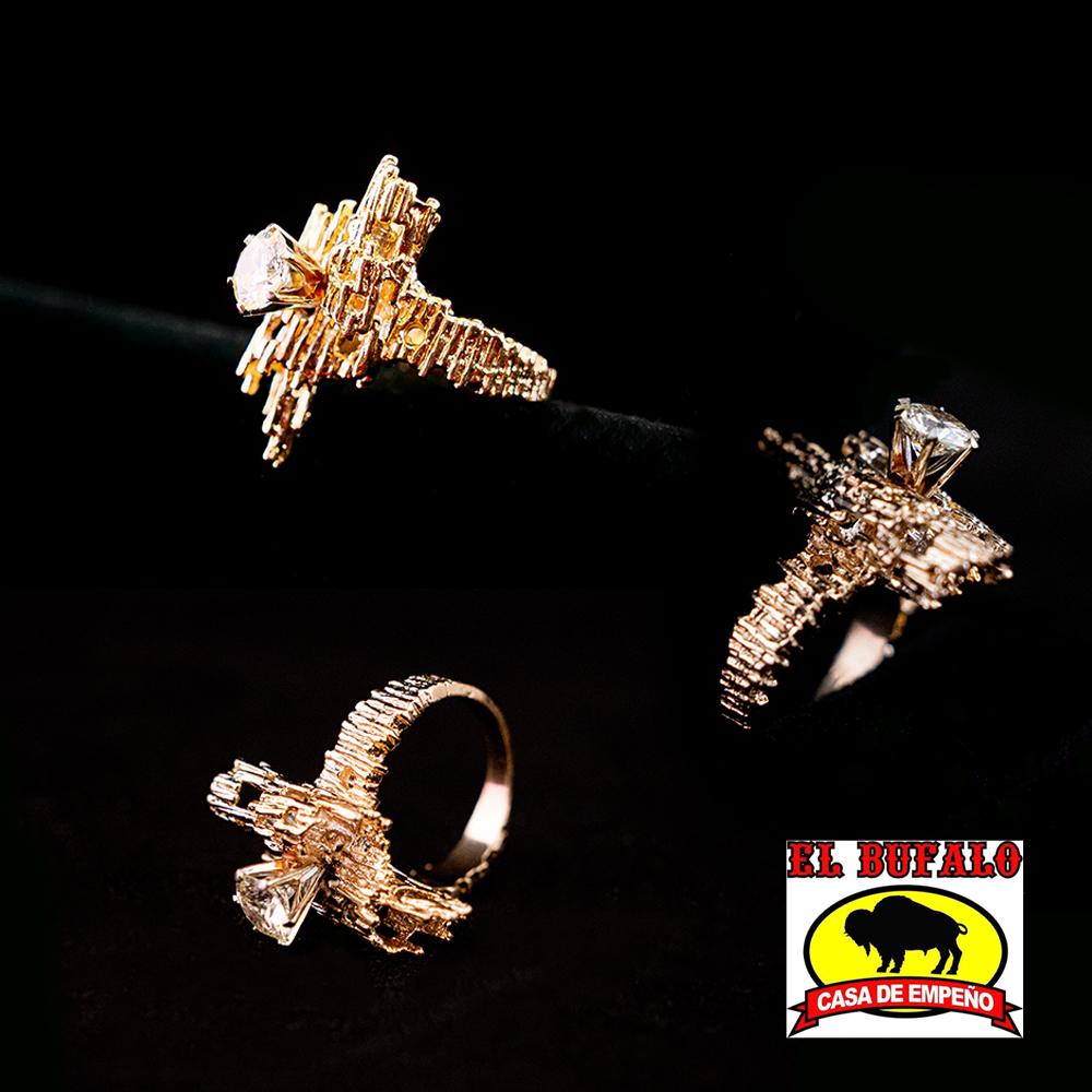 6. Stunning Ladies Diamond Ring